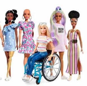 Muñecas Barbies de diferentes grupos étnicos y limitaciones físicas.