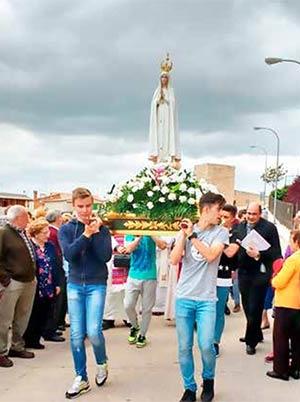 Procesión de la Virgen de Fátima.