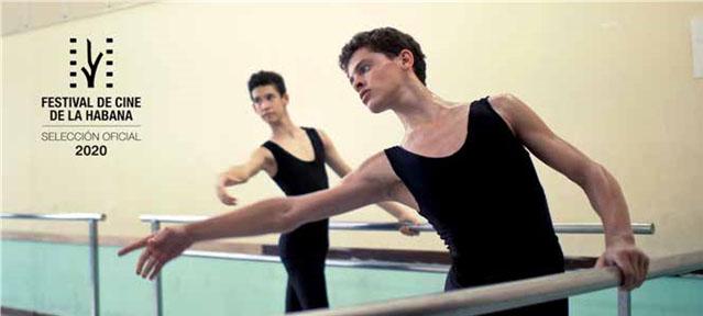 En primer plano el bailarín Alexis Valdés.