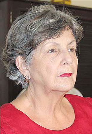Luisa Campuzano.