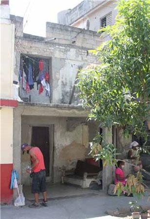 Prensa Nro. 205, Cerro. Antigua Casa de los Poetas en la actualidad. (Foto Pablo Argüelles)